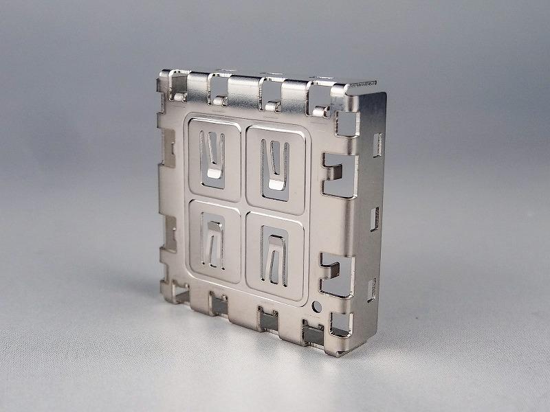 薄板電子部品カバー