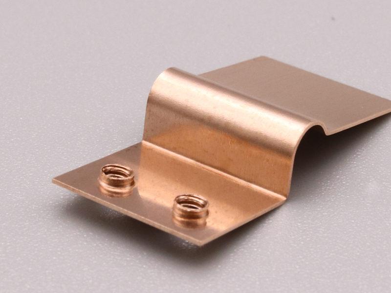 板厚0.3mmのM2バーリングタップ加工
